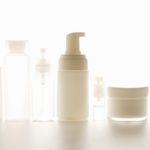 香料や界面活性剤って本当に肌に悪い?化粧品成分の真実とは