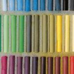 化粧品に配合されている着色剤・顔料の見分け方とその役割とは